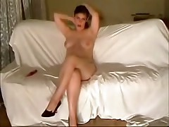 This curvy fem felt very shy posing before her BF's webcam at 1st but then that babe relaxed and teased him with her full boobs and soaking pussy.