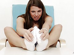 Michelle is a hot brunette and she is always ready to have any kind of joy related to fuck. That chick is a fucking sexy whore. Here this brunette whore is getting ready to give feet work to a huge dildo. That chick is making her feet warm and taking necessary warm up so that she can enjoy it indeed hard.